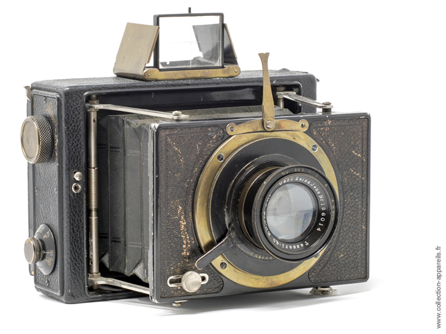 Ernemann Klapp-Camera