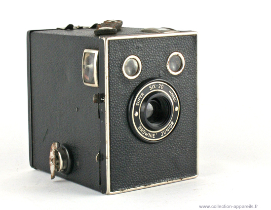 Kodak Six-20 Brownie Junior Super Model